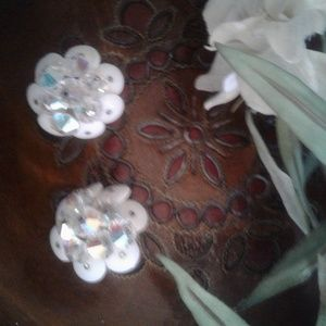 Vintage white & clear crystal clip on earrings